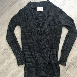 Sweaters - Grey & black sweater